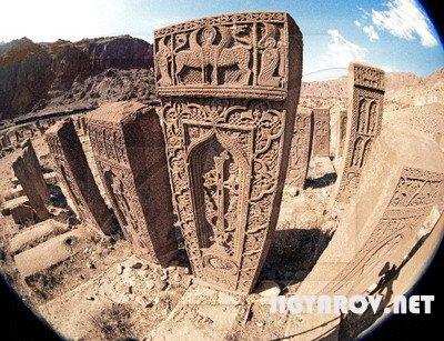 Хачкары: чисто армянский артефакт