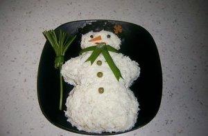 """Рецепт новогоднего салата """"Снеговик"""""""